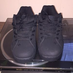 DC Men's shoes, size 10.5. In like new condition.